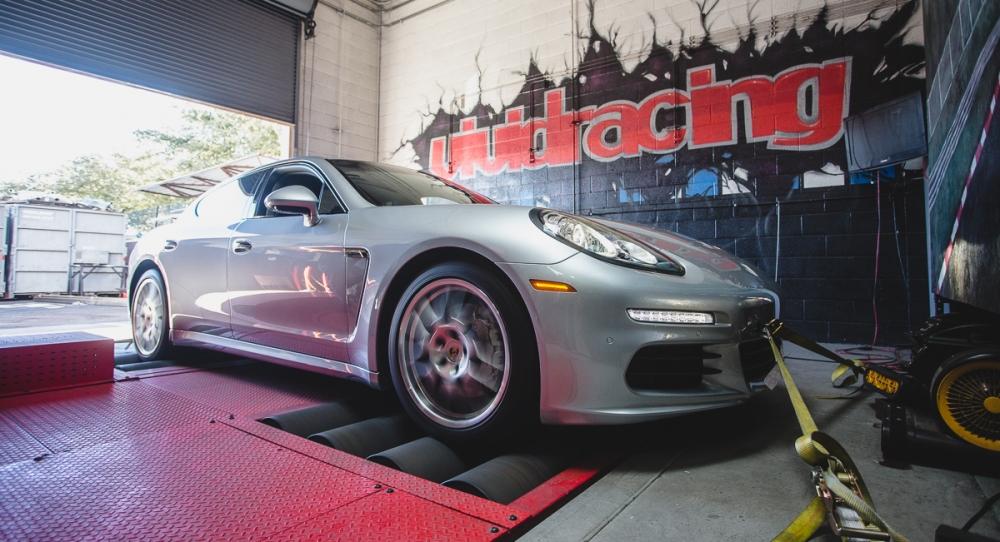 Porsche-Panamera-30-Turbo-VR-tuned-Tuning-box-3