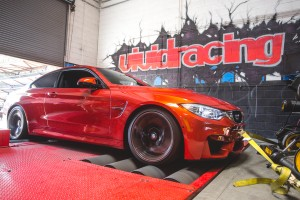 BMWm4Tuningbox-6