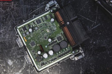 CLA45 ECU removal_-18