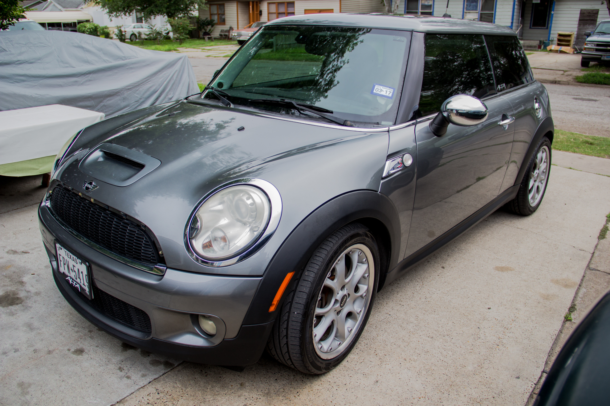 mini cooper s 1 6l turbo tweaked and tuned. Black Bedroom Furniture Sets. Home Design Ideas
