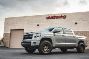 Toyota_Tundra_FuelWheels-2