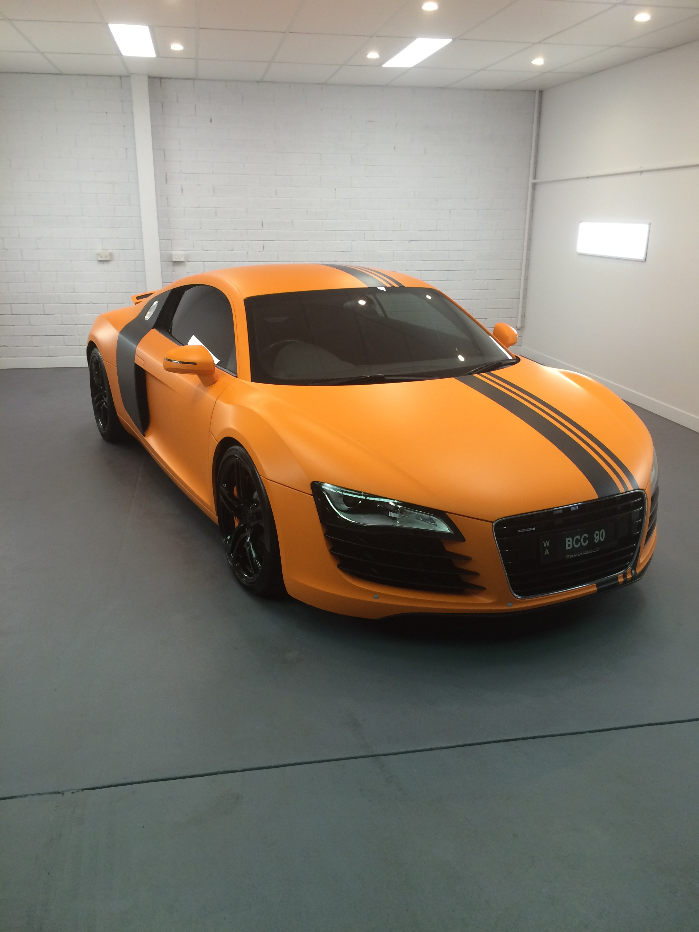 brendan-audi-r8-flash-1