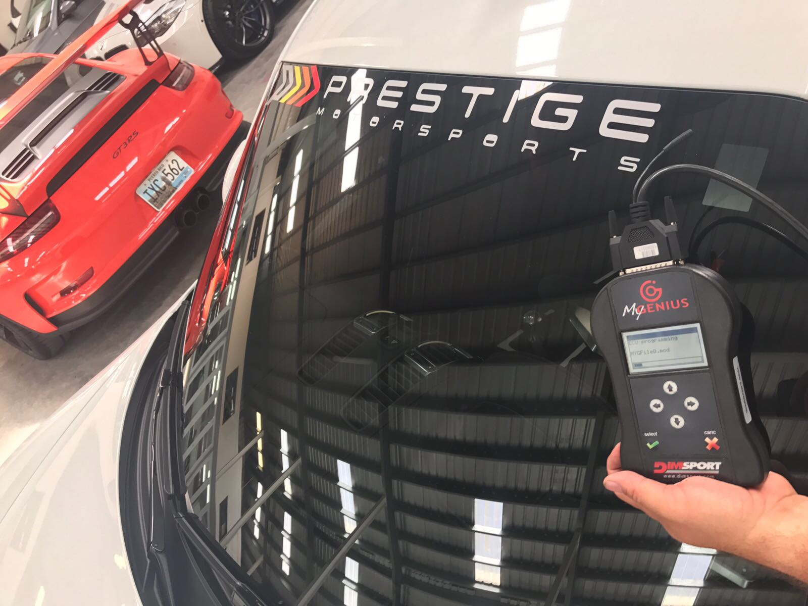 prestige-981-gt4-3