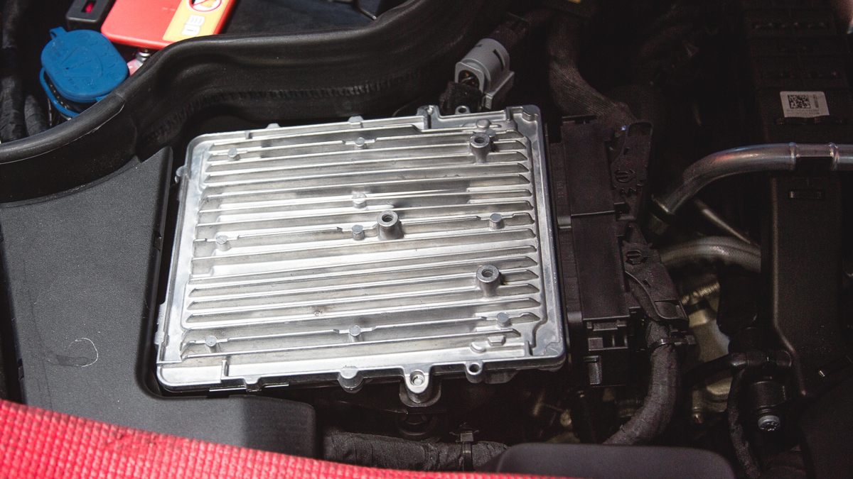 vrtuned_Mercedes_GT_ECU_Removal-2