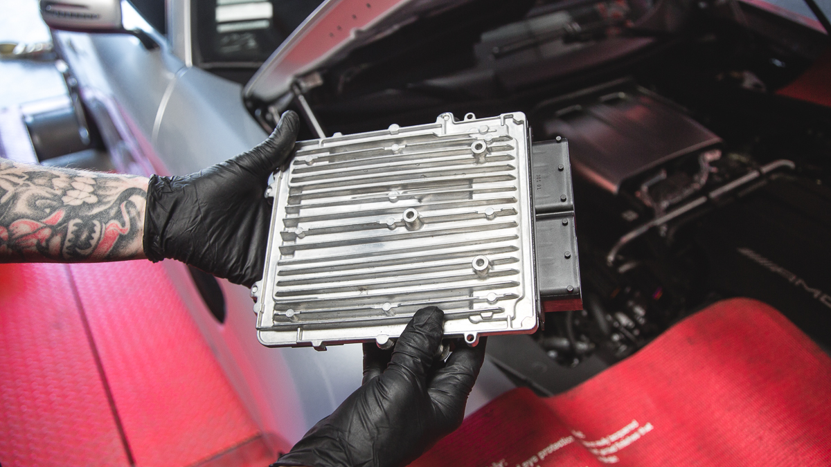vrtuned_Mercedes_GT_ECU_Removal-7
